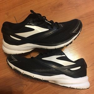 Brooks Launch 4 Black Running Shoes Women's 7.5M